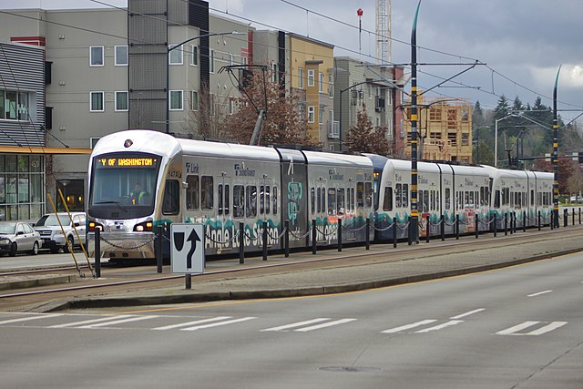 Picture of Seattle Link light rail train